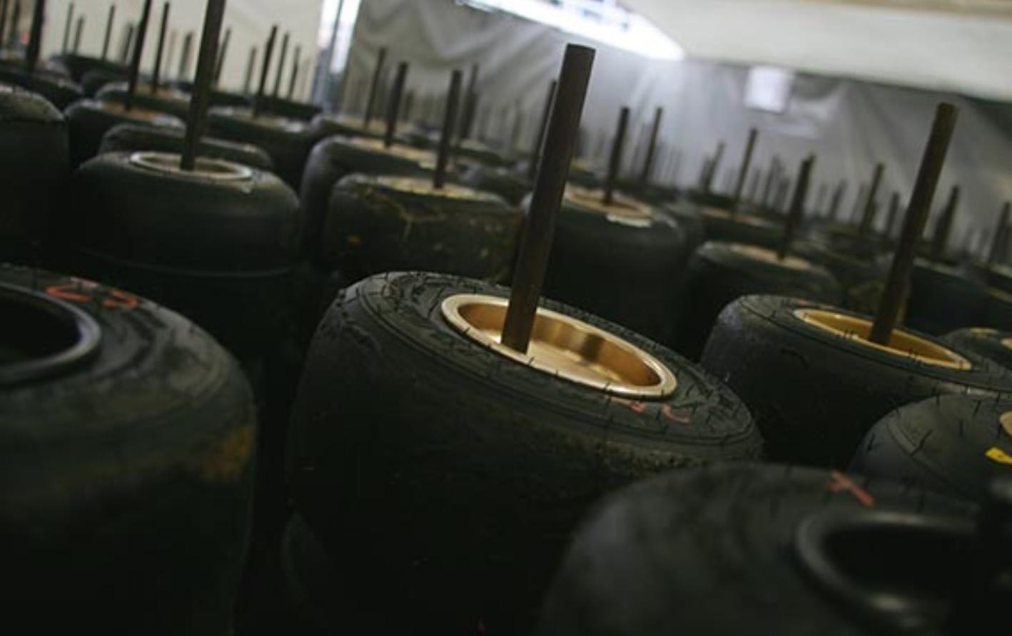 Ако гумите престоят, губят скорост?